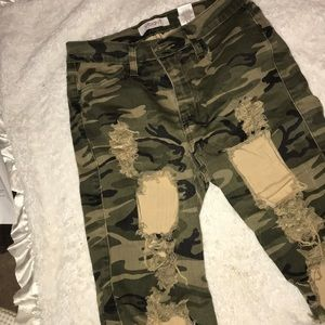 Army fatigue ripped style shorts